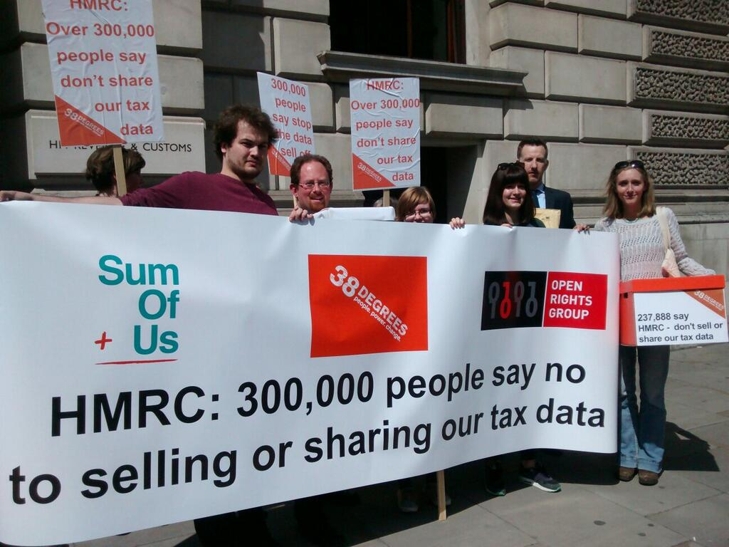 Handing in the HMRC petition